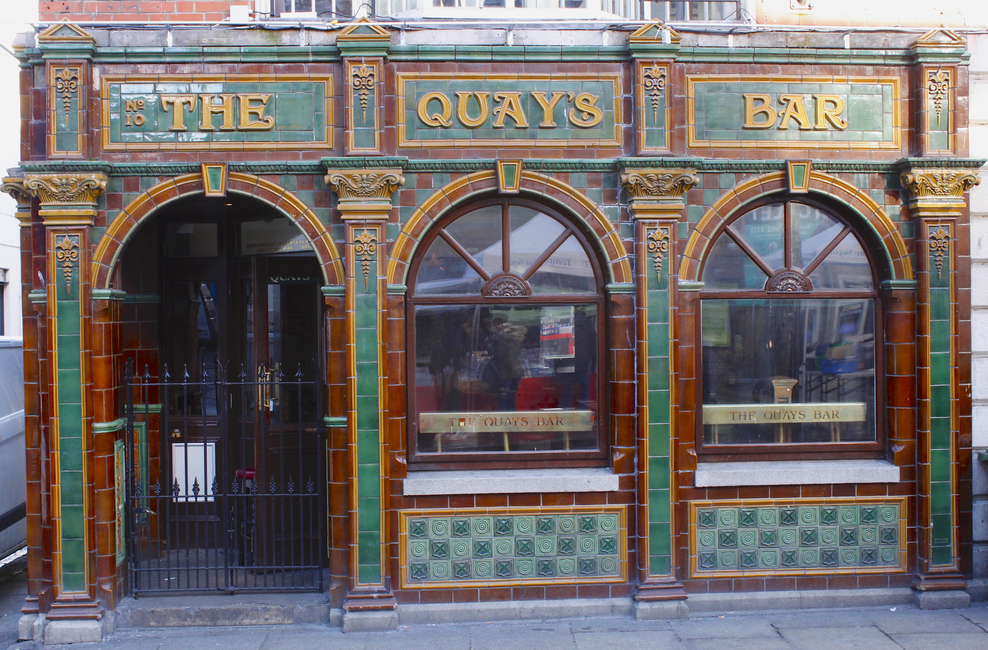 Dublin The Quau´s Bar